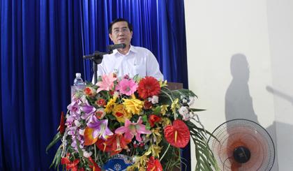Ông Lê Văn Hưởng phát biểu tại buổi làm việc.