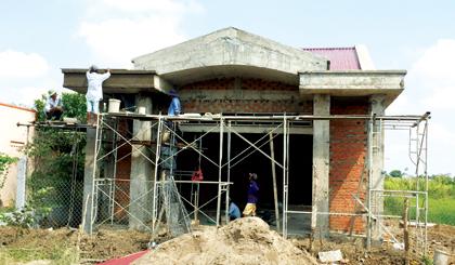 Xã Long Hòa nỗ lực hòan thiện các tiêu chí nông thôn mới