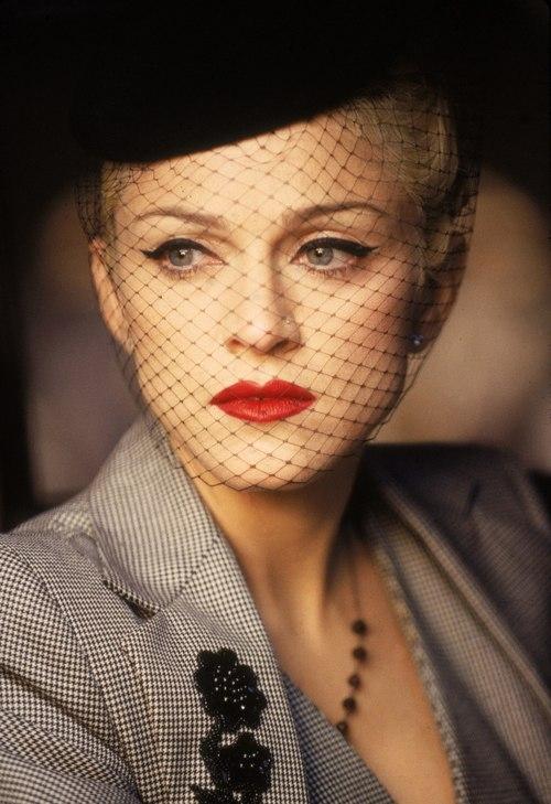 Madonna-jpg-1361931181_500x0.jpg